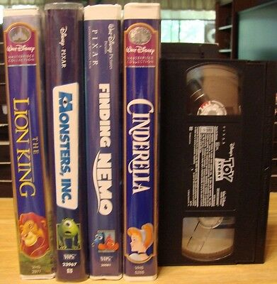 Lot of 5 Walt Disney VHS, Toy Story, Cinderella, Finding Nemo, The Lion King, +