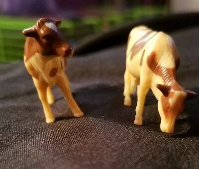 Cow toy set of 11