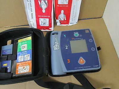 Agilent Heartstream FR2 AED Defibrillator + 1 Battery + 2 sets of Pads + Case