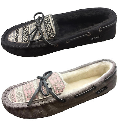 Jockey Women's Cozy Faux Shearling Lined Slip On Moccasin Slippers Black / Taupe