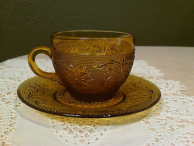 """Tiara Indiana Exclusive Sandwich Glass Amber Cup And Saucer """"excellent""""!!!"""