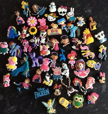 20 X Randomly Picked Girls  Pvc Shoe Charms  Wristband Uk Seller)