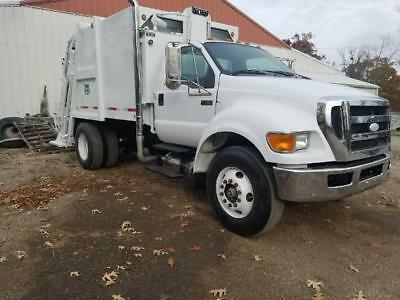 2008 Ford F-750 Garbage Truck