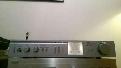 AKAI AM-U11 vintage amplifier with phono stage