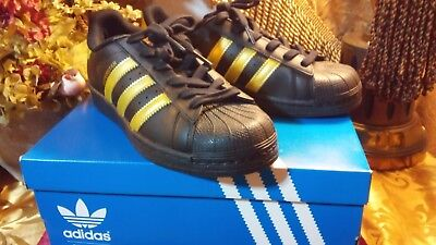 New adidas Originals Superstar Shoes Kids' BB2871 Black & Gold Sneakers