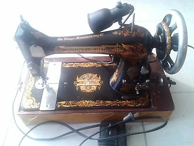 +117 Year Rare Vintage Singer Sewing Machine With Carriying Case