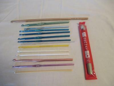 Lot of 15 Vintage Crochet Hooks Mixed Sizes and Brands