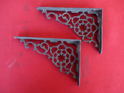 2 Small Vintage Cast Iron Shelf Brackets Ornate Spiderweb Round Design Victorian