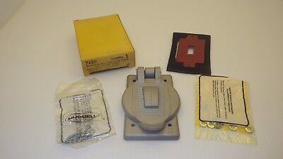 Hubbell 4720 Aluminum Cover Plate Waterproof With Ribber Gasket~Nib