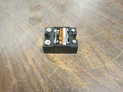 Crydom Solid State Relay D2440-B Input:3-32VDC Output:240VAC 40A Used