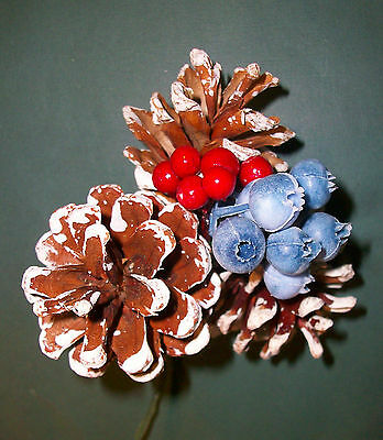(3) PINE CONE CHRISTMAS WREATH DECORATION PIC Pinecones Blueberries/Red Berries