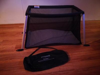 Phil and Teds V2 Travel Cot