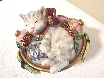 Fitz and Floyd Ceramic Kristmas Kitty Lidded Hand Crafted Christmas Cat Trinket
