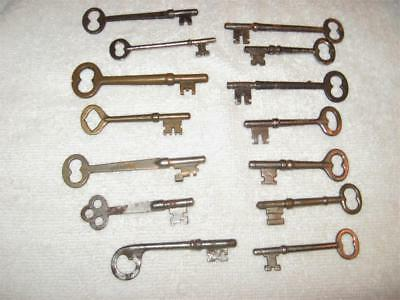 Lot of 14 Vintage Skeleton Keys Brass And Steel