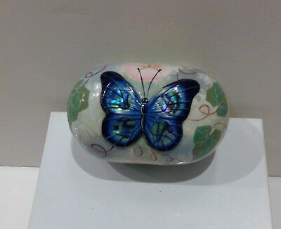 "Russian  Fedoskino Papier-Mache  Lacquer Box  ""butterfly "" Signed"
