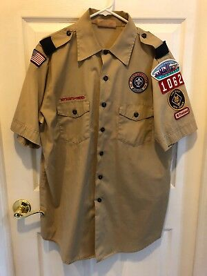 MENS BSA Adult L BOY SCOUT UNIFORM SHIRT used. In good condition with patches