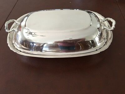 Reed & Barton 5001 Mayflower Silver Plate Covered Warming Dish Two Handled Lid