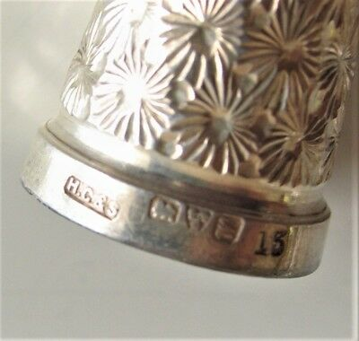 Hallmarked silver thimble. Chester? size 13.