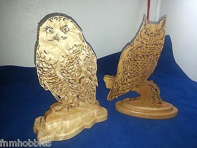 Clear coated Carved Wooden Owls Figure Set