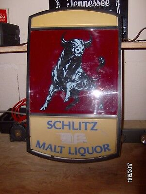 VINTAGE Schlitz Malt Liquor Raging Bull Lighted Beer Sign RARE