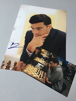 VISWANATHAN ANAND 15. Schachweltmeister In-person 2015 signed Foto 20 x 30