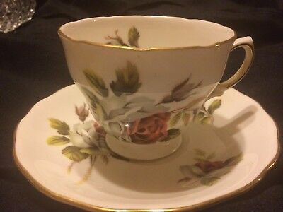 Vintage  Royal Vale cup & saucer England Scalloped Rose Pat #8220