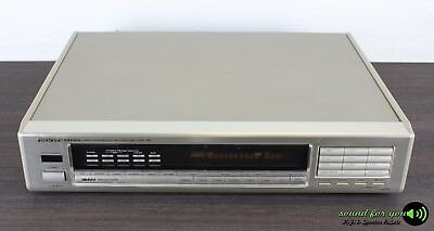 ONKYO T-4970 Integra Quartz Synthesized FM/AM Stereo Tuner in Silber