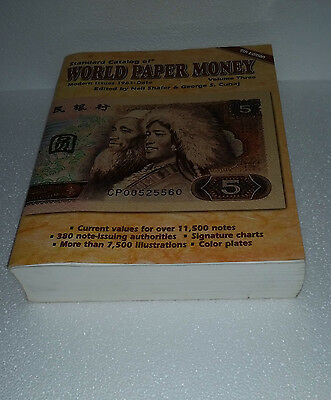 2003 Standard Catalog World Paper Money Modern issues 1961-  Used Book 924 pages