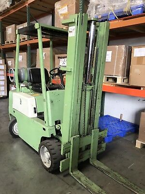 Used Clark Forklift 4450lbs 4637hours