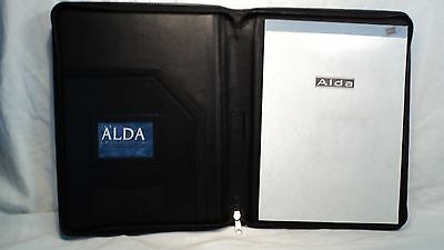 Passage 2 9275 Black Leather Zippered Letter Sized Writing Pad