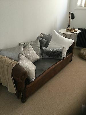 vintage leather chaise