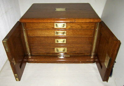 WONDERFUL SOLID OAK & BRASS TABLE TOP 4 DRAWER CABINET with original key