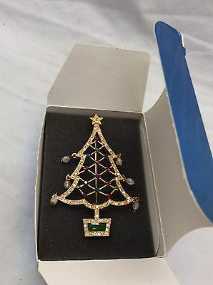 Signed Avon 2nd Annual Christmas Tree crystal gold tone pin brooch