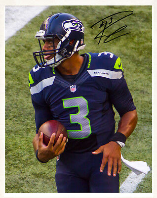 RUSSELL WILSON 8x10 Photo Autograph SEATTLE SEAHAWKS NFL Football RP