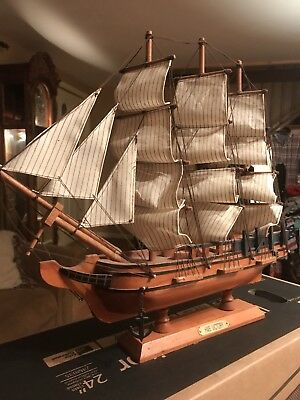 Wooden Model Ship. (HMS Victory)