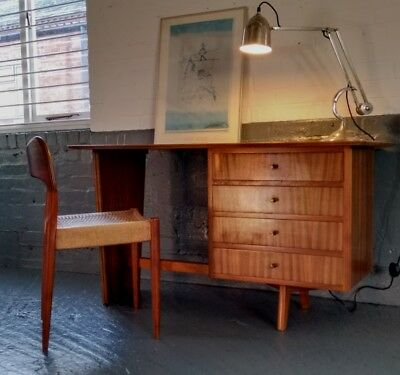 Beautiful Mid-century Four Drawer Desk In Black Walnut - Vintage, Danish-style