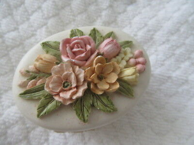 Gorgeous Little Ceramic Flowers Trinket / Jewellery Box With Lid Xmas Gift Idea