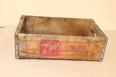 Indianapolis Ind 7 Up Bottle Crate Vintage Wooden Caddy Carrier Advertising
