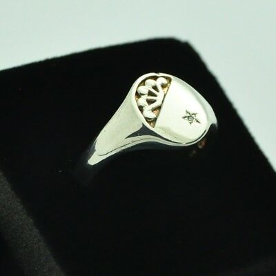Vintage 925 Sterling Silver Signet Ring with Diamond Detail ~ Size V ~
