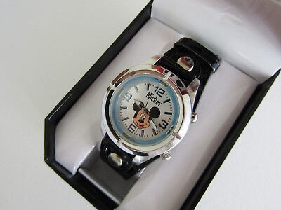 MZ BERGER Classic Disney Mickey Mouse With Light Synthetic Leather Band MCK534