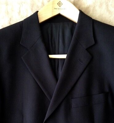 "Hugo Boss Men's Blazer Sport Coat 42R Navy ""New"" Condition Soft All Season Wool."
