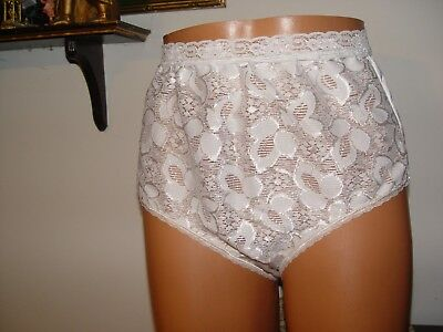 vintage panty by bali lace on front leaves white size 7 poly shimmer lace around