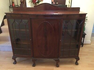 Elegant Antique Mahogany Edwardian Display Cabinet. Excellent Condition.