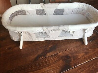 Summer Infant By Your Side Cosleeper Portable Travel Bassinet Bed EUC