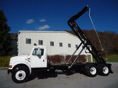 International Tandem Axle Rolloff Roll Off Can Hook Lift Container Truck
