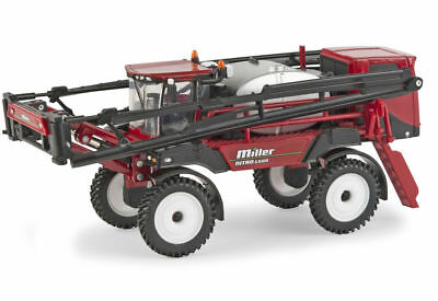 Miller Nitro 6500 Self Propelled Boom Sprayer - 1/64