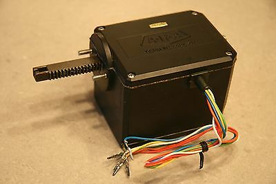 Linear actuator with clutch and position potentiometer - Arduino servo project