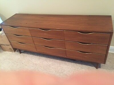 1962 Vintage Bedroom Suite - Antique - Excellent Condition