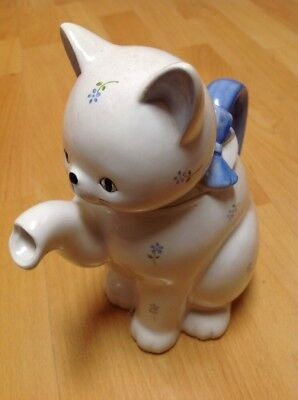 """OTAGIRI white TEAPOT Cat made in Japan, OMC label and Stamped 7-1/2"""" tall New"""
