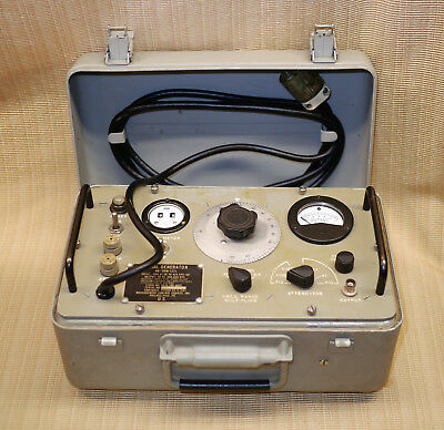 Military Signal Generator An/urm-127 With Case